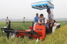 Alat Pertanian Modern : Harvester